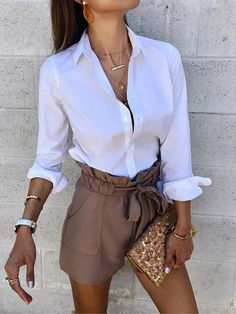 52 Casual Summer Work Outfits for Professionals 2019 - Fashion Enzyme Mode Outfits, Short Outfits, Fashion Outfits, Womens Fashion, Fashion Clothes, Fashion Styles, Style Fashion, High Fashion, Fashion Ideas