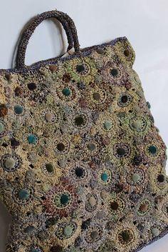 Crochet Handbags New season Raffia Sophie Digard Bag. The touches of velvet make it extra special. Crochet Handbags, Crochet Purses, Crochet Bags, Freeform Crochet, Knit Crochet, Free Crochet, Purse Patterns, Crochet Patterns, Tote Pattern