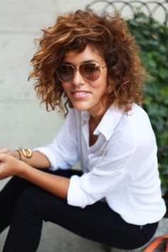 Nice Hairstyles for Short Curly Nappy Hair - Cute Short Curly Hairstyles, Curly Hair Styles, Haircuts For Curly Hair, Hair Styles 2014, Curly Short, Beautiful Hairstyles, Short Haircuts, Curly Inverted Bob, Curly Bob