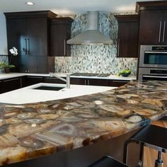 Onyx Not The First Material One Thinks Of For Countertops