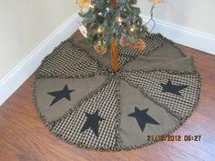 Raggy Primitive Christmas Tree Skirt by kbardo on Etsy