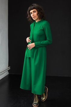Ready to wear, ready to make you happy. Party Outfits, Simple Lines, Happy Friday, Ready To Wear, Winter Green, How To Make, How To Wear, Jumpsuit, High Neck Dress