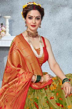 Beautiful Girl Indian, Most Beautiful Indian Actress, Beautiful Girl Image, Beautiful Saree, Marathi Saree, Marathi Bride, Indian Bridal Photos, Silk Sarees With Price, Nauvari Saree