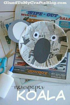 Newspaper Koala - a simple craft for kids using recycled materials! Turn old newspapers into a fun paper plate koala! great for preschool and kindergarten Preschool Jungle, Jungle Crafts, Animal Crafts For Kids, Preschool Crafts, Safari Animal Crafts, Kids Crafts, Daycare Crafts, Toddler Crafts, Abc Crafts