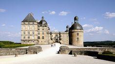Chateau de Hautefort. Périgord (Dordogne), France via Flickr.