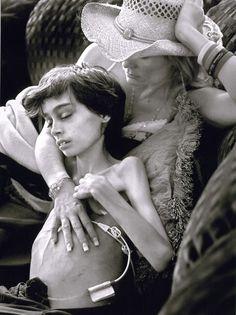 Premios Pulitzer 2007. La fotógrafa Renée C. Byer ha ganado el Premio Pulitzer en la categoría de Reportajes Fotográficos por una serie de fotografías que realizó a un niño aquejado de un cáncer infantil terminal que fueron publicadas en 2006 en el periódico 'The Sacramento Bee'.