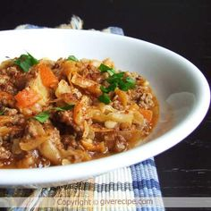 Cabbage Stew - giverecipe.com  150g mince, 3/4 cup bulgur, 1 flat tsp cumin, 1 flat tsp salt, Very quick and easy to make,
