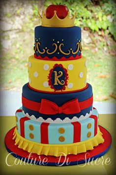 snow white cake when I have a baby girl I wanna do a Snow White theme baby shower