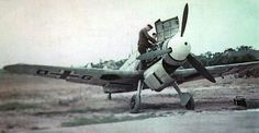 "Bf-109F ""Engine access Spitfires could only dream of"" KB"