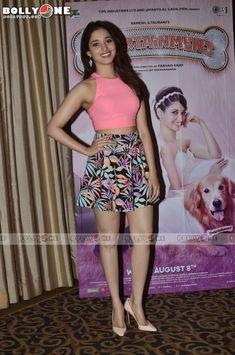 Indian Actress List, Indian Actress Hot Pics, Indian Bollywood Actress, Beautiful Bollywood Actress, South Indian Actress, Beautiful Indian Actress, Beautiful Actresses, Beautiful Girl Body, Beautiful Hijab