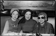 BELL TELLS BY ARTHUR BELL I had luncheon at the Russian Tea Room recently with three towering infernos: Edie Bouvier Beale, Lillian Gish, and Anita Loos. Little Edie had her head swathed in a towel as. Edie Bouvier Beale, Edie Beale, Edith Bouvier, Summit Meeting, Gray Gardens, Lillian Gish, Jacqueline Kennedy Onassis, East Hampton, Documentary Film