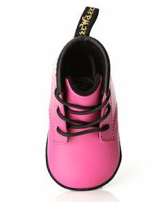 c5e50a261aa Dr. Martens 2019 – Buy dr. martens online here. Chaussures FilleChaussure  EnfantBaby BoumEnfants ...