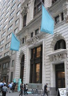 Store front of NY Tiffany 's