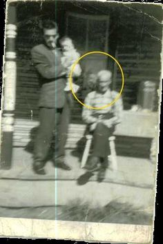 1963 Ghost Picture - Face in the Window