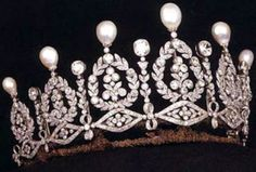 This is the Duchess of Alba's Tiara. Maria del Rosario Cayetana Alfonsa Victoria Eugenia Francisca Fitz-James Stuart y Silva, the Duchess of Alba, died in 2014 at the age of 88. She had 57 noble titles, holding the Guinness World Record for most noble titles recognized by an existing government. It's said that she could cross all of Spain without ever sleeping under a roof that wasn't her own.   See a new tiara every Tuesday on http://JenniWiltz.com/blog. #tiaratuesday