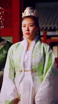 Empress Ki, Ha Ji Won, Dramas, Food Porn, Gifs, Queen, Outfits, Fashion, Moda