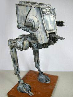AK플라자 구로점 김현서님의 Bandai 1/48 Star Wars AT-ST 출처: 프라모델 튜닝타임즈 ( http://cafe.daum.net/tuning/O4XZ/114 )