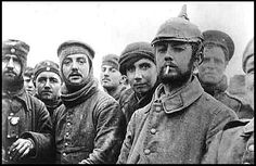 Soldiers of the London Rifle Brigade with German Saxon regimental troops at Ploegsteert Wood during the Christmas truce of the First World War, December (Photo by Popperfoto/Getty Images) Wilhelm Ii, Kaiser Wilhelm, World War One, First World, Guerra Total, Christmas Truce, Christmas Eve, English Christmas, Christmas Jingles