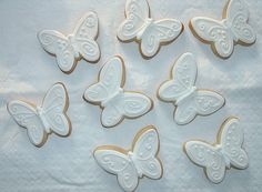 Indian Wedding Inspirations: White Wedding Cookies. Repinned by #indianweddingsmag IndianWeddingsMag.com
