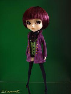 pullip_doll_in_kuroshitsuji_alois_trancy_outfit_by_hegemony77-d4h5fps.jpg (1600×2133)