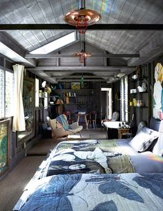 Byron bay - Austria David Bromley and Yuge's Home The Design Files Style At Home, Surf Shack, David Bromley, Architecture Design, Summer Bedroom, Kb Homes, Turbulence Deco, Beach Cottage Style, The Design Files
