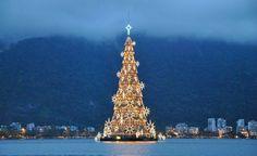 Grootste drijvende kerstboom Rio de Janeiro