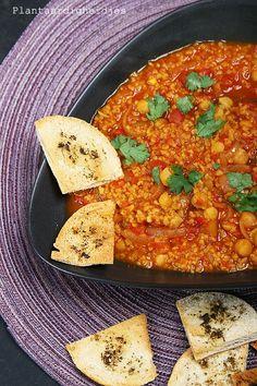 Plantaardigheidjes: Marokkaanse bulgur tomatenschotel met kikkererwten