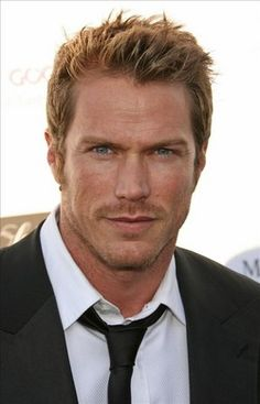 Jason Lewis http://www.thecelebarchive.net/ca/gallery.asp?folder=/jason%20lewis/#results