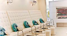 D Weddings | Bridesmaid Party Venue: L'acqua Spa Lounge