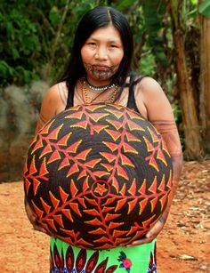 """Panamá's Wounaan Indian Baskets - """"The Best Baskets in the World"""" 