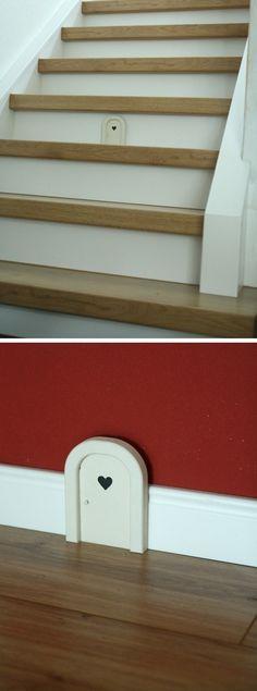 Una casetta dei topolini nella stanza dei più piccini! ~ A nice decoration for the children room! - di Anne-Carina-May via it.dawanda.com