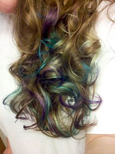 We did it!! This is MY hair!! Loving the turquoise and purple... I feel so rock star. (info and tutorial links from my blog included!)