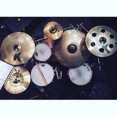 @peeba10  #drumsview#drums#drumkit#drumset#percussion#drummer#percussionist#musician#drumstick#drum#drumming#drumlife#drumslife#drumporn#drumstagram#cymbals#drumsticks#lovedrums#instaview#art#rhythm#tempo#view#music#drumfam#instadrums#drumsfromabove#drumsetup#drumview by drumsview