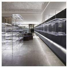 Vincenzo de Cotiis - Antonia Milan store