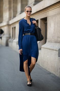 yes to navy. Paris.