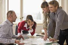Jeder zweite Chef demotiviert seine Mitarbeiter. http://www.welt.de/wirtschaft/karriere/article116558641/Jeder-zweite-Chef-demotiviert-seine-Mitarbeiter.html