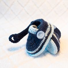 Navy Blue Baby Shoes  Crochet boy booties  by DaisyNeedleWorks