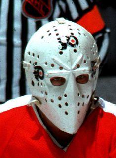 Bernie Parent Philadelphia Flyers Hockey Goalie, Hockey Players, Bernie Parent, Martin Brodeur, Hockey Rules, Goalie Mask, Marvin The Martian, Cool Masks, Philadelphia Flyers