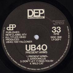 UB 40 - Present Arms (Label)