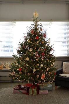 xmas tree with Polish straw ornaments and paper garland