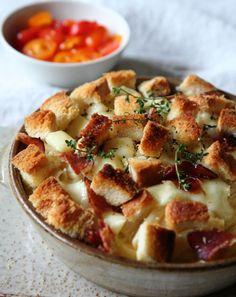 Mozzarella en swartwoudham is hier gebruik. Broodblokkie sorg vir tekstuur.