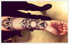 Wrist Tattoo Designs (10)