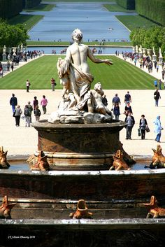 I love Versailles...everyone should go in their lifetime...Gardens of Versailles, France