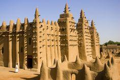 La Gran Mezquita de Djenné, en Malí, el mayor edifico de barro del mundo