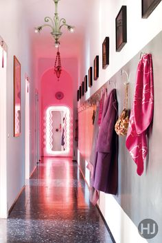 electric city eclectic cool and extremely personal jewellery designer nathalie jeans apartment is - Magenta Apartment 2015