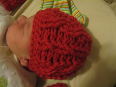 Gauge: In worsted weight, rounds 1 and 2 should measure 3.5 inches across to get a 3-6 mos size hat. I like to work at a fairly loose gauge, so using a smaller hook than gauge gives a good 0-3 mos size, and dk or sport weight yarn with an appropriately sized hook would make a lovely preemie hat.
