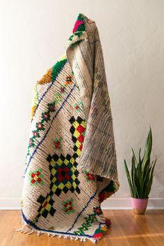 [SOLD] ALL OF THE LIGHTS vintage berber carpet