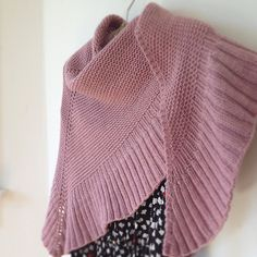Mara shawl is beautiful and uncomplicated, could make a perfect prayer shawl - free pattern by Madeline Tosh
