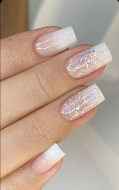 Super pretty nail art designs that worth to try 19 The 45 pretty nail art designs that perfect for spring looks 3 2020 Best Acrylic Nails, Acrylic Nail Designs, Nail Art Designs, Pretty Nail Designs, Pretty Nail Art, Beautiful Nail Art, Glitter French Nails, Glitter Nail Art, Romantic Nails