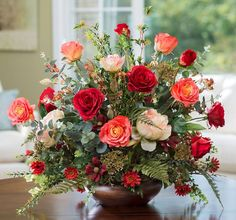 Summer Flower Arrangements, Silk Floral Arrangements, Artificial Flower Arrangements, Beautiful Flower Arrangements, Flower Centerpieces, Summer Flowers, Artificial Flowers, Flower Decorations, Fake Flowers